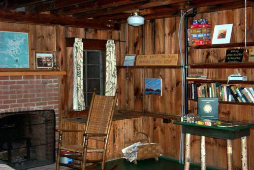 Our cabin livingroom